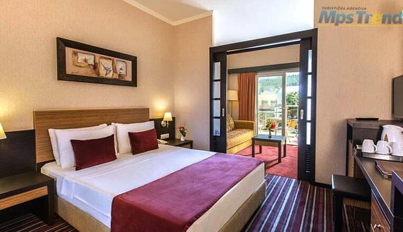 hotel aqua fantasy 8