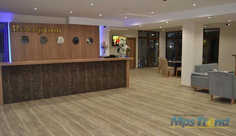 hotel belmare 2