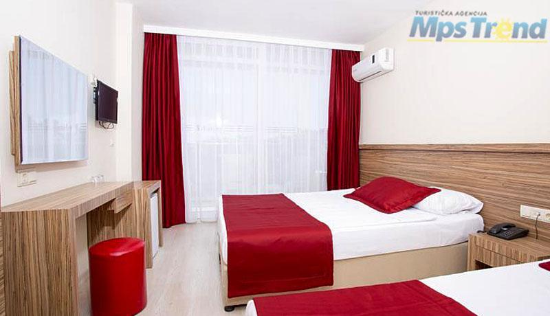 hotel belmare 4