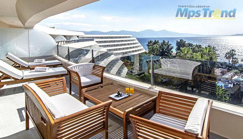 hotel grand blue sky 2